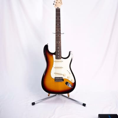 Fender Limited Edition Aerodyne Classic Stratocaster with Flame Maple Top 2019 3-Color Sunburst for sale