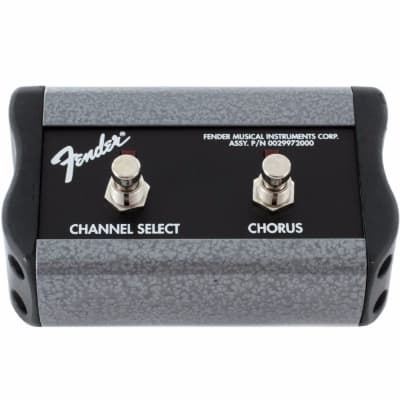"""Fender 099-4057-000 2-Button Channel/Chorus On/Off Footswitch with 1/4"""" Jack for Princeton"""