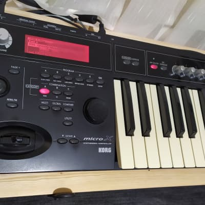 Korg Micro X Synthesizer + Original Korg Orange HardCase