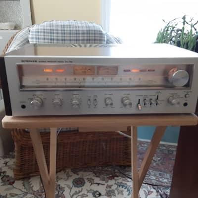 Pioneer  Sx-750 1976  A  Little Fake Veneer Tape Gone Otherwise Very Very Nice Shape