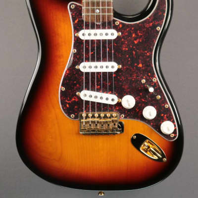 USED 1997 Fender Collector's Edition Stratocaster (395)