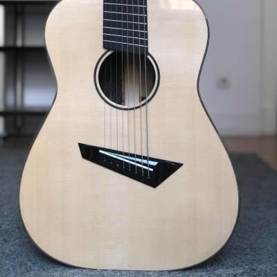 Loef OM/D 2018, LEFTY, fanfret, 8 strings for sale