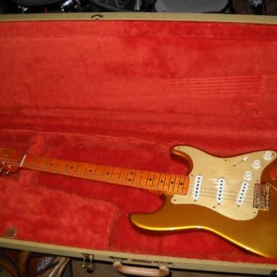 Fender Homer Haynes HLE Stratocaster 1989 gold