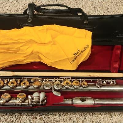 Pearl PF-661 Intermediate open holed flute
