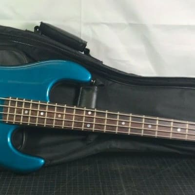 Kramer Focus 7000 Electric Bass W/ Carry Case - Made In Japan - 1980s for sale