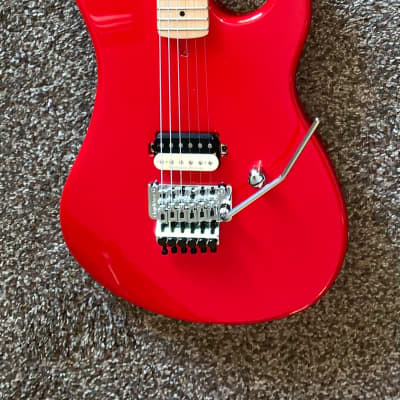 """Kramer 1984 electric guitar  """" No Bozo's"""" Floyd rose  perfect donor for Eddie Van Halen trib  Red for sale"""