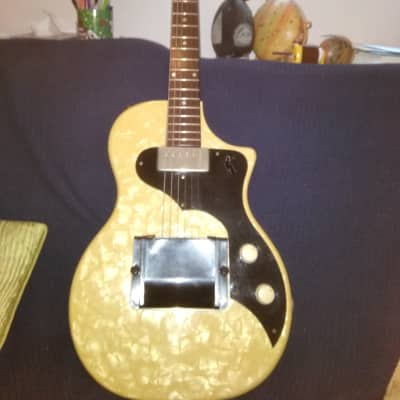 Supro English Electronics Tonemaster 1956 Pearloid for sale