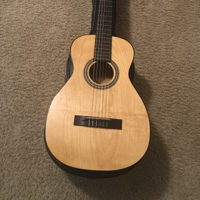 Harmony  H910 classical nylon guitar 1960s Natural in very good condition for sale