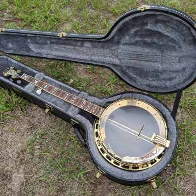 Aria SB-600 Deluxe 5 String Banjo High End Aria Gold Hardware Hard Case Sounds Incredible for sale