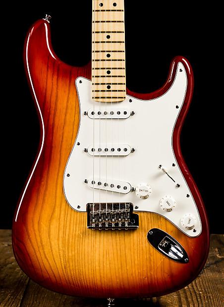 Fender American Standard Ash Stratocaster Sienna Sunburst