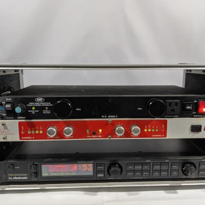 Furman Pl-8 Series II Power Conditioner Rack Unit