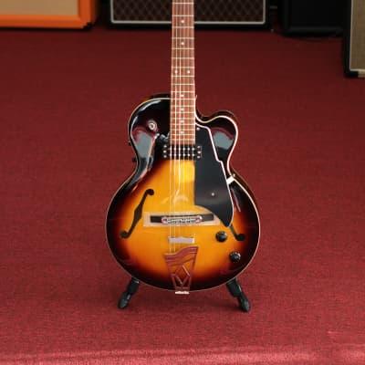 Vox Giulietta VGA-3D Archtop Acoustic Electric Guitar - Sunburst