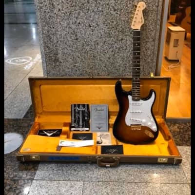 Fender  Robert Cray Stratocaster  2015 Sunburst for sale