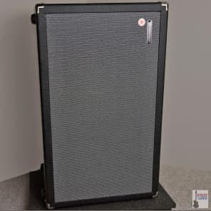 "Traynor DHX212 DarkHorse 50-Watt 2x12"" Guitar Speaker Cabinet"