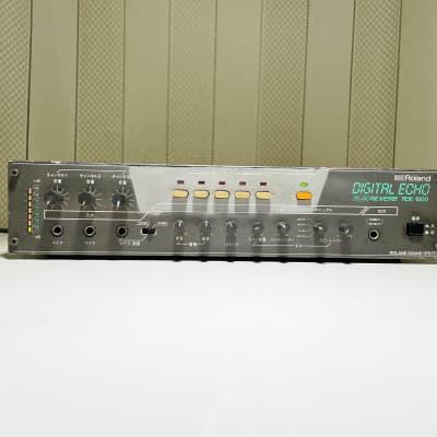 Roland RDE-1800 Analog Spring Reverb & Digital Space Echo