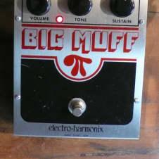 Circa 2000 Electro-Harmonix Big Muff Fuzz NYC Guitar Effects Pedal 2N5088 ECC3003