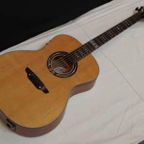 Luna Artist Craftsman Acoustic-Electric Guitar Natural