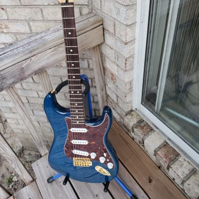 Fender Deluxe  Player's Stratocaster 2008 Sapphire-Blue for sale
