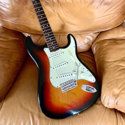 Fender Stratocaster Serial # L38451, Neck Date 2AUG64B. 2 Tone Colour Select Body Wood Near Mint ! for sale