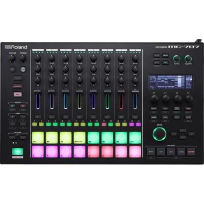 Roland MC-707 Groovebox 2019