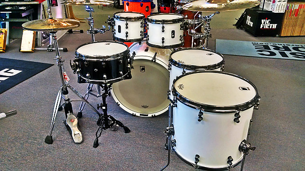 03ae5897 MAPEX Black Panther