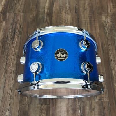 DW Collectors 7x12 Rack Tom Blue Sparkle Black Badge
