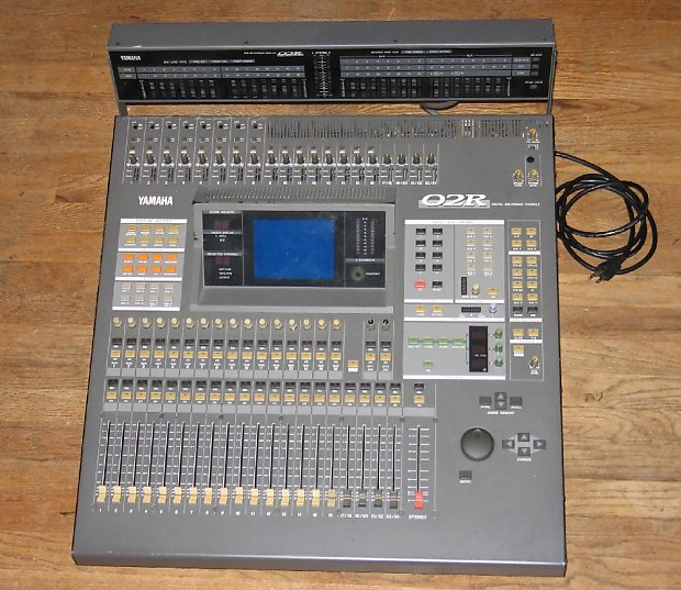 yamaha 02r digital recording console mixer w meter bridge reverb. Black Bedroom Furniture Sets. Home Design Ideas