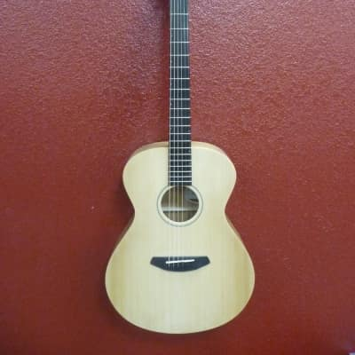 Breedlove USA Concert Sun Light E, w/Hardcase