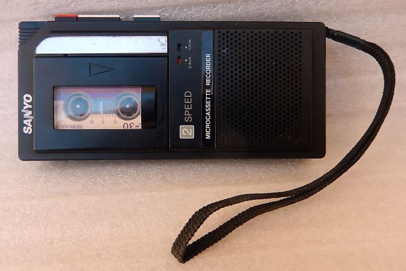 Vintage Sanyo M5440 2 Speed Micro Cassette Recorder