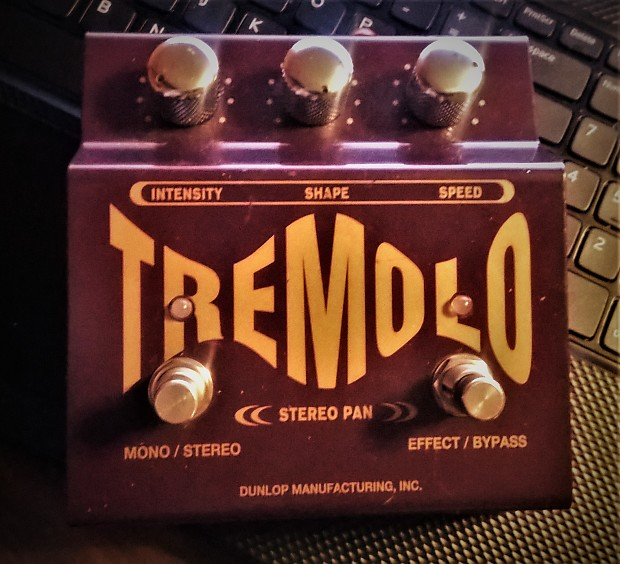 Jim Dunlop TS-1 Tremolo Stereo Pan | TOYS FOR GUITARISTS