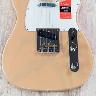 Fender Limited Edition Lightweight Ash American Professional Telecaster Guitar, Maple, Honey Blonde