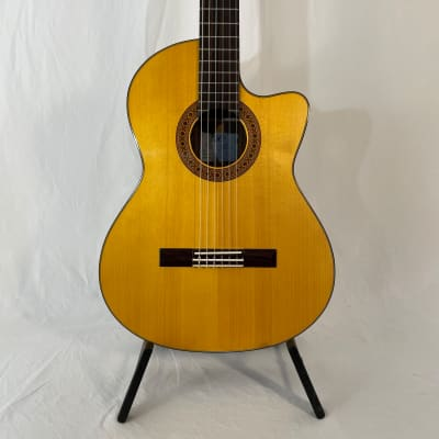 K Yairi CY127 CE (2009) 59958  Nylon string with cutaway, electro, in a Hiscox. Handmade in Japan. for sale