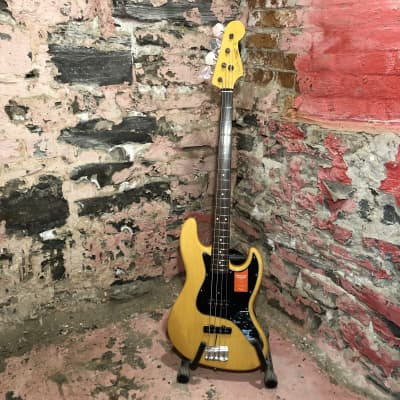 Fender MIJ Traditional '60s Jazz Bass, Vintage Natural-Store Demo for sale