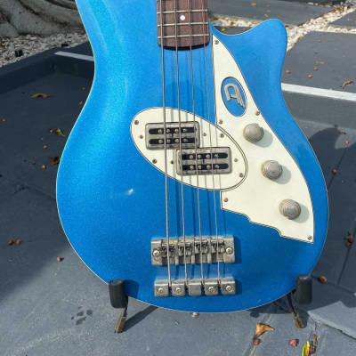 Duesenberg  D-Bass - Owned by Jimmy Ashhurst of Buckcherry & The Cult. for sale