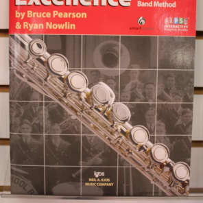 Neil A Kjos Music Company Tradition of Excellence Flute - Book 1