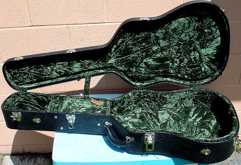 38adfc0edd NEW TKL Deluxe guitar case for Dreadnaught sized guitars such   Reverb