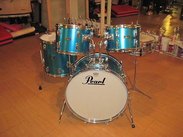 Vintage 1970s Pearl Fiberglass Drum Set