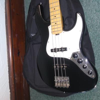 ESP Edwards E-AM-120M Jazz Bass  Seymour Duncan SJB-1 Pickups MIJ Japan D'Addario Pro Steels!