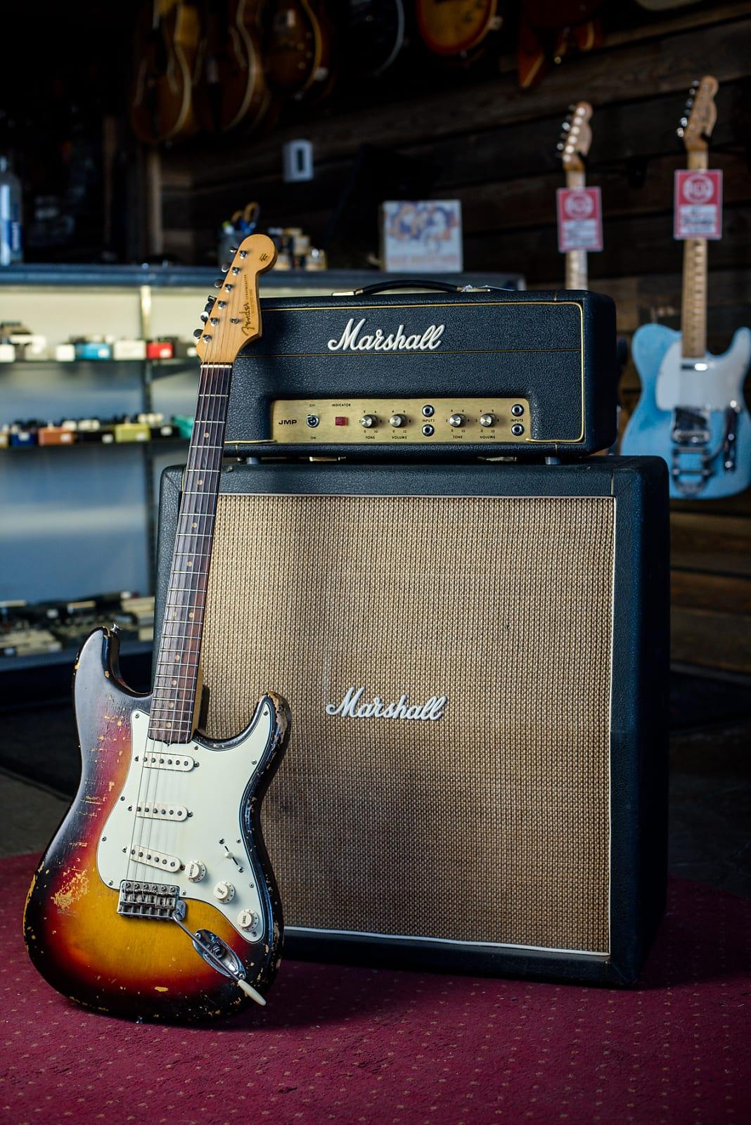 Fender 1963 Korina (Limba) Body Stratocaster Sunburst