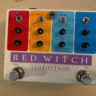 Red Witch Synthotron Analog Synth Filter Pedal