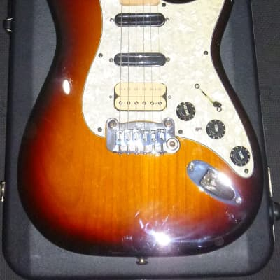 G&L USA Legacy HB sunburst Strat early 2000's (with hardshell case) for sale