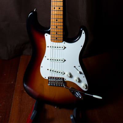 Fender '68 Reissue Stratocaster MIJ 2017 3-Tone Sunburst (huge upgrades) for sale