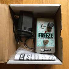Electro-Harmonix Freeze Sound Retainer Drone Pedal
