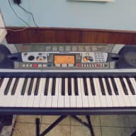 Yamaha  PSR-282 keyboard with AC adapter and sus pedal