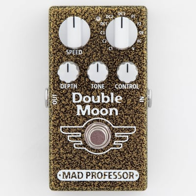 Mad Professor Double Moon Analog Bucket Brigade Modulation Guitar Effects Pedal