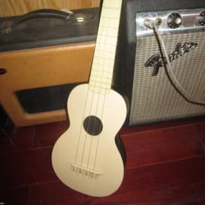 Vintage Circa 1964 Maccaferri TV Pal Soprano Ukulele for sale