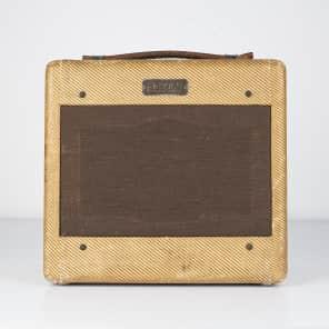 """Fender Champ 5C1 Wide Panel 4-Watt 1x6"""" Guitar Combo 1953 - 1955"""