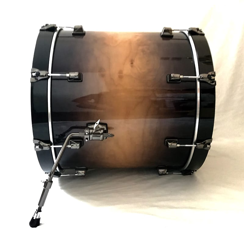 Amazing Drummer playing Tom Sawyer - Rush - YouTube