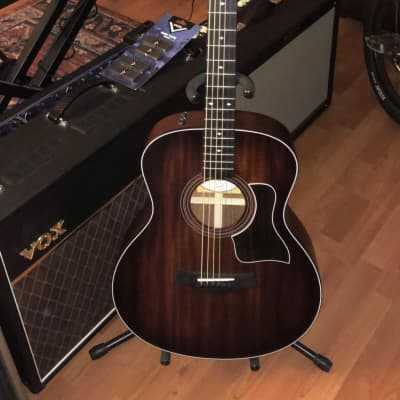 Taylor 326e Baritone LTD Blackwood/Mahogany Grand Symphony with Electronics Shaded Edgeburst 2016