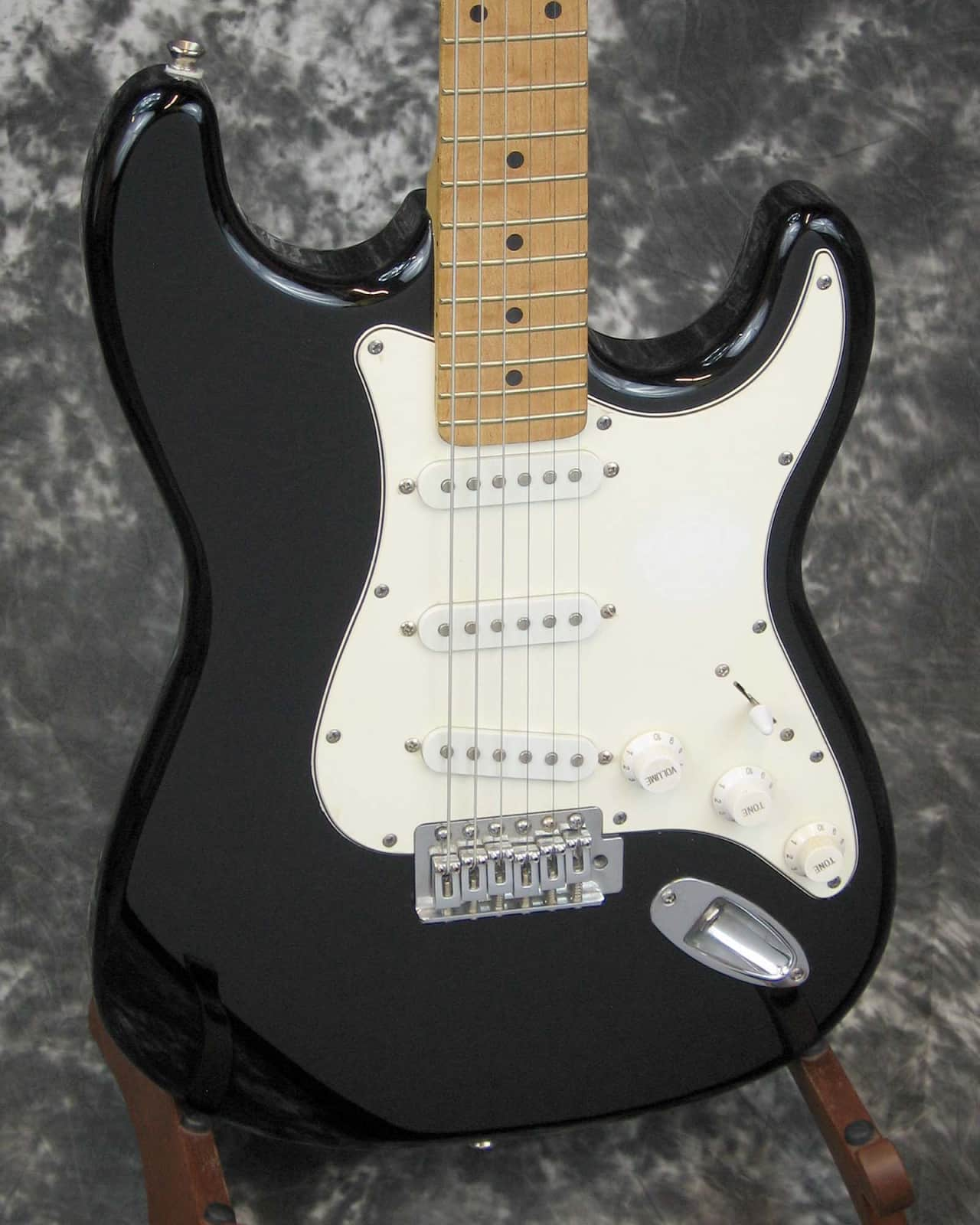 vg used indiana double cutaway electric guitar reverb. Black Bedroom Furniture Sets. Home Design Ideas